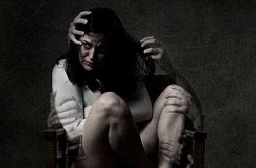 mujer-asustada