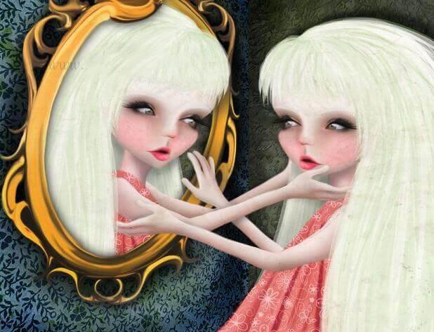 mujer-narcisista-mirandose-al-espejo