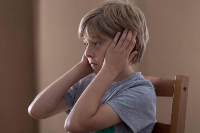5 signes qui peuvent permettre d'identifier si un-e enfant est atteint-e d'autisme