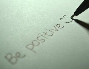positive-725842_1920-768x593