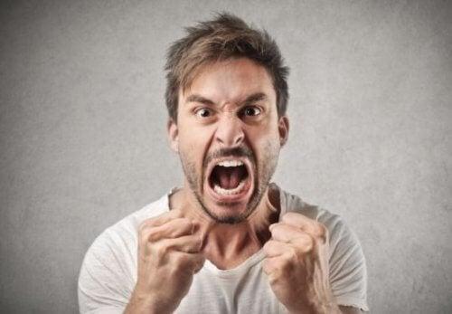 hombre-enfadado