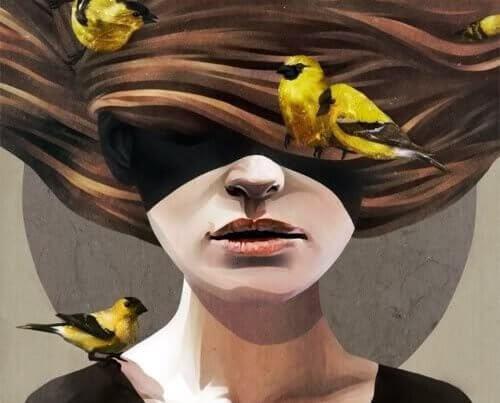 mujer-pajaros-en-el-cabello