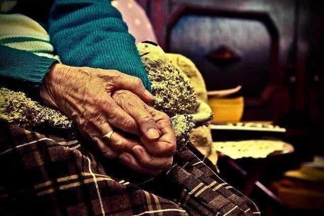 Les personnes âgées ont besoin d'amour et de patience
