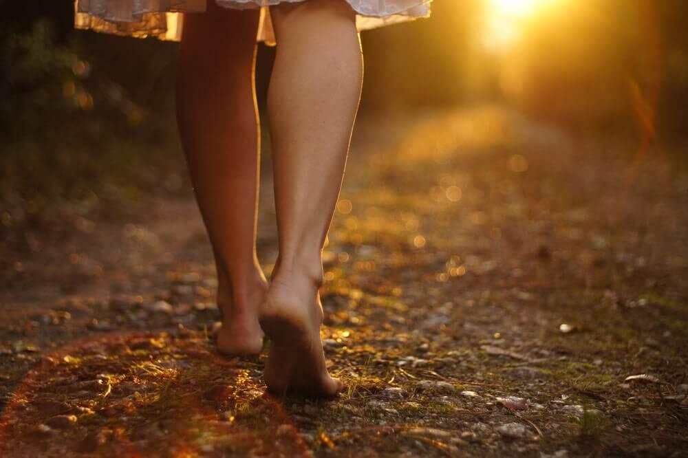 Si vous voulez vivre, mettez un pied devant l'autre