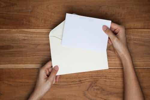 La technique de l'invitation : découvrez comment nous permettons parfois aux autres de nous offenser