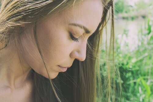Et si le manque d'estime de soi était la source de tous nos troubles ?