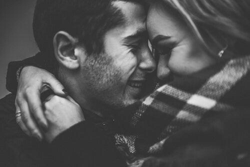 L'amour durable commence quand on cesse d'être amoureux-ses