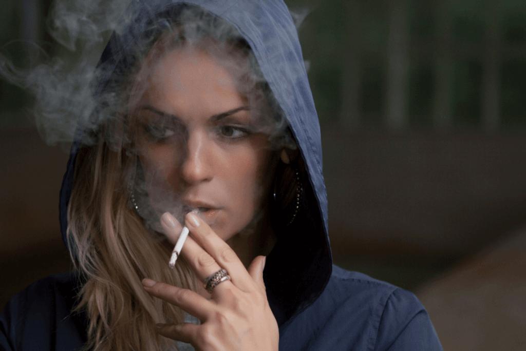 Quel est le rôle de la sensibilité à l'anxiété dans la consommation de tabac ?