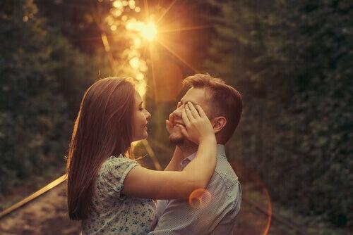 Je vous souhaite de trouver l'amour véritable, celui qui vous donne des papillons dans le ventre