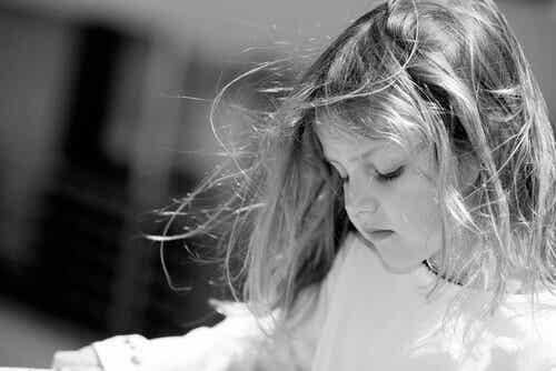 Les cris endommagent le cerveau des enfants
