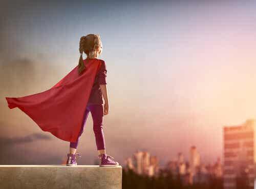 Elle a oublié de mettre sa cape mais elle reste une super-heroïne
