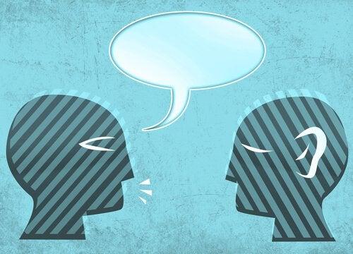 Corrige le sage il sera plus sage, corrige l'ignorant il sera ton ennemi