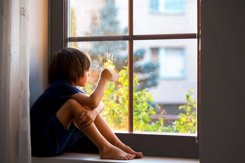 L'anxiété de séparation : l'importance de l'attachement pour la santé des enfants