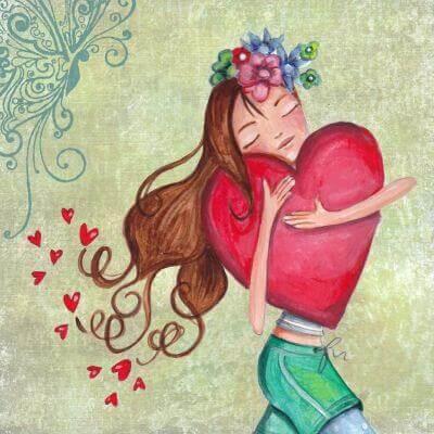 femme enlaçant un coeur et ayant besoin de tendresse