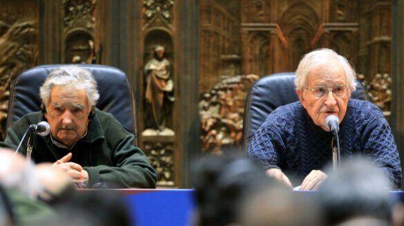 Pepe Mujica et Noam Chomsky