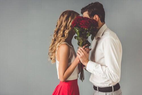 Lorsque l'on tombe amoureux-se peuvent se présenter 9 effets secondaires très agréables
