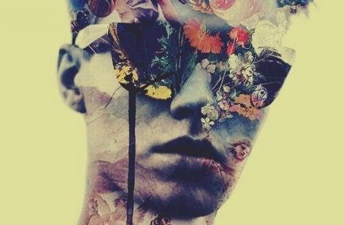 garçon intimidant avec fleurs