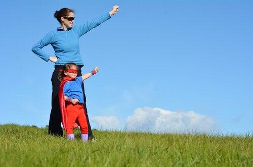 Les enfants dans l'ombre des super-mamans