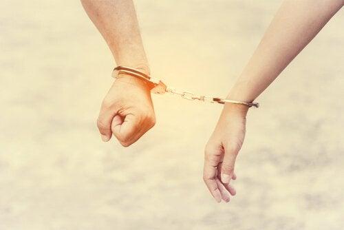Savez-vous ce qui caractérise la co-dépendance émotionnelle ?