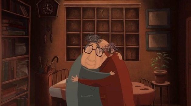 couple de personnes âgées qui s'enlacent