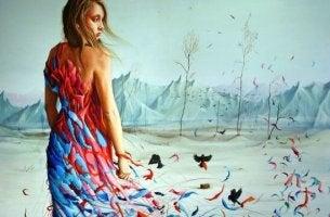 femme avec une robe qui se décompose