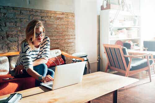 Vous êtes travailleur-se indépendant-e ? Faites attention à votre santé