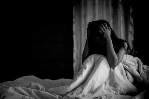 Les crises de panique peuvent également survenir de nuit