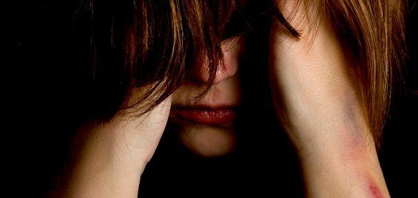 femme en souffrance