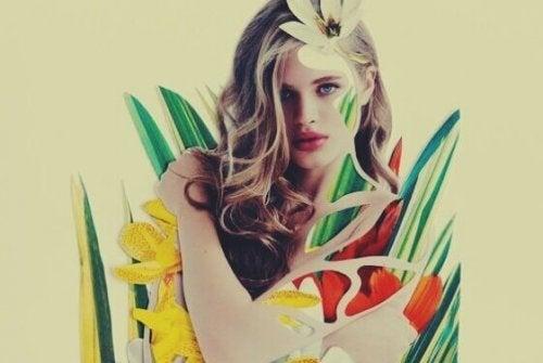 jeune femme avec des fleurs