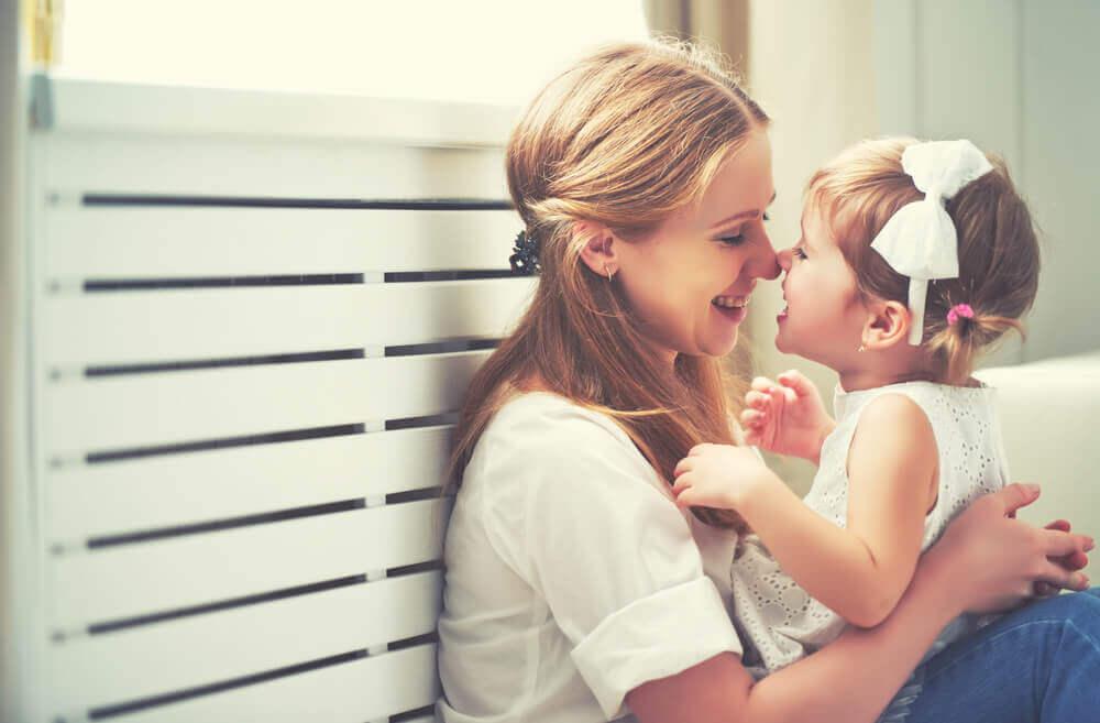 une mère et sa fille