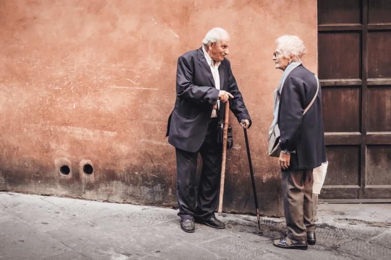 Mourir jeune : le vieillissement actif