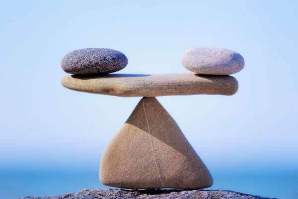 balance en pierres