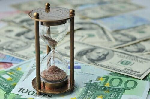 les personnes heureuses préfèrent le temps à l'argent