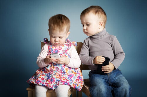 3 bonnes raisons de ne pas laisser votre téléphone portable à un enfant