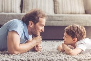 père qui veut éduquer sans cris