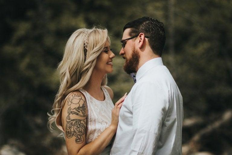 La stigmatophilie, ou quand les piercings et les tatouages provoquent l'attraction sexuelle