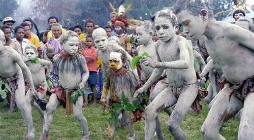 enfants de Papouasie