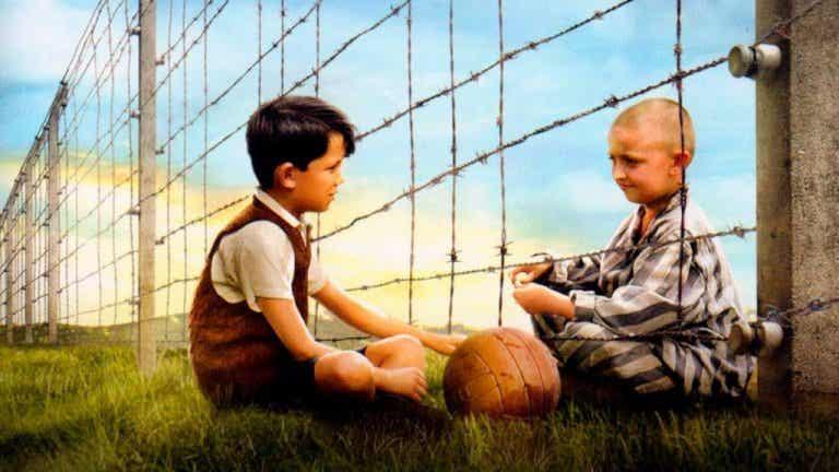 Le garçon en pyjama rayé, une amitié au-delà des barrières