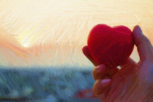 main avec un coeur