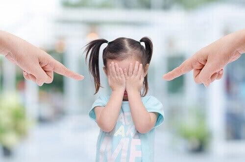 Parents toxiques : 6 caractéristiques