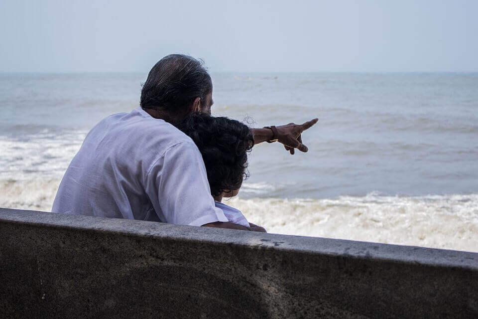 grand-père et sa petite fille