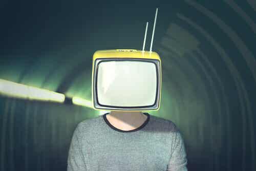 10 stratégies de manipulation médiatique