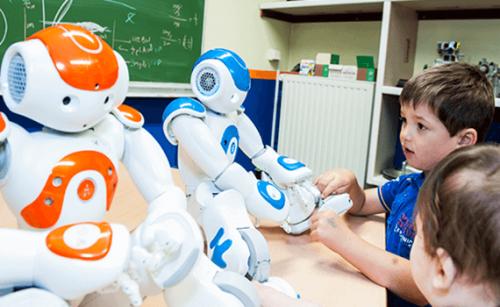 robots qui aident des enfants autistes