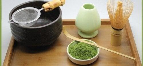 ustensiles de la cérémonie du thé