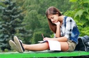 adolescent étudiant