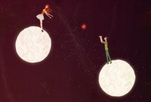 couple sur deux planètes