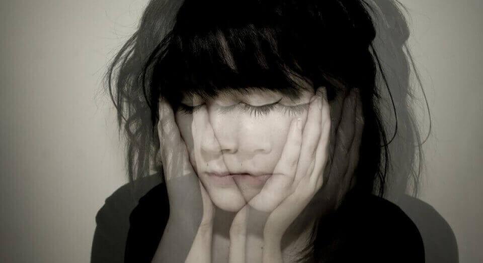 L'aplatissement affectif, l'indifférence face aux émotions