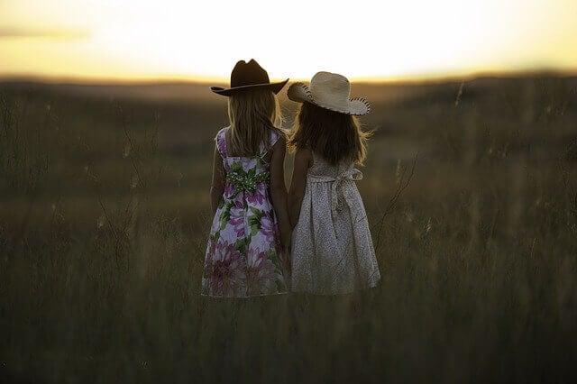 Relations d'amitié: comment évoluent-elles au cours de la vie?