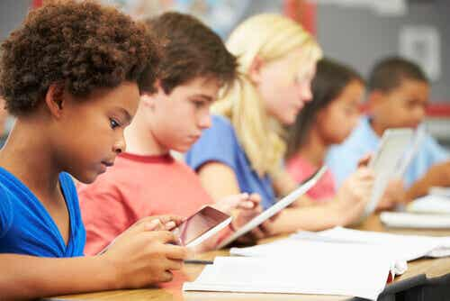 Jerome Bruner : 9 postulats pour améliorer l'éducation