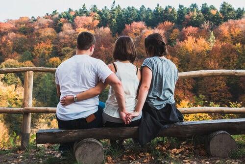 Les hommes et les femmes perçoivent-ils l'infidélité de la même manière?